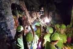 9-v-podzemí